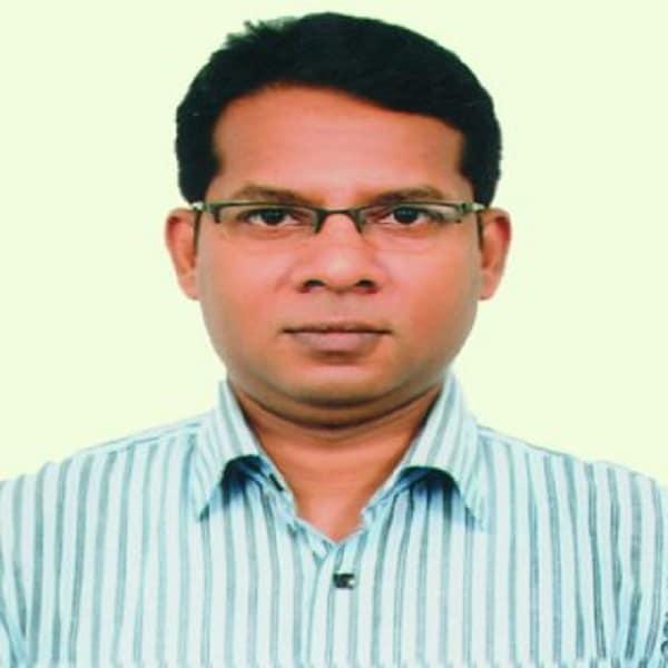 Dr.Uttam Karmaker